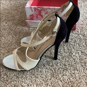 Chinese laundry Ivory/black strappy 4inch heels